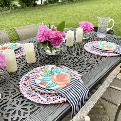 Bold Pink and Coral…Do They Clash? Tips for a Patio Table