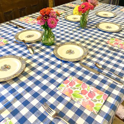 Casual and Elegant Come Together for a Beautiful Table!
